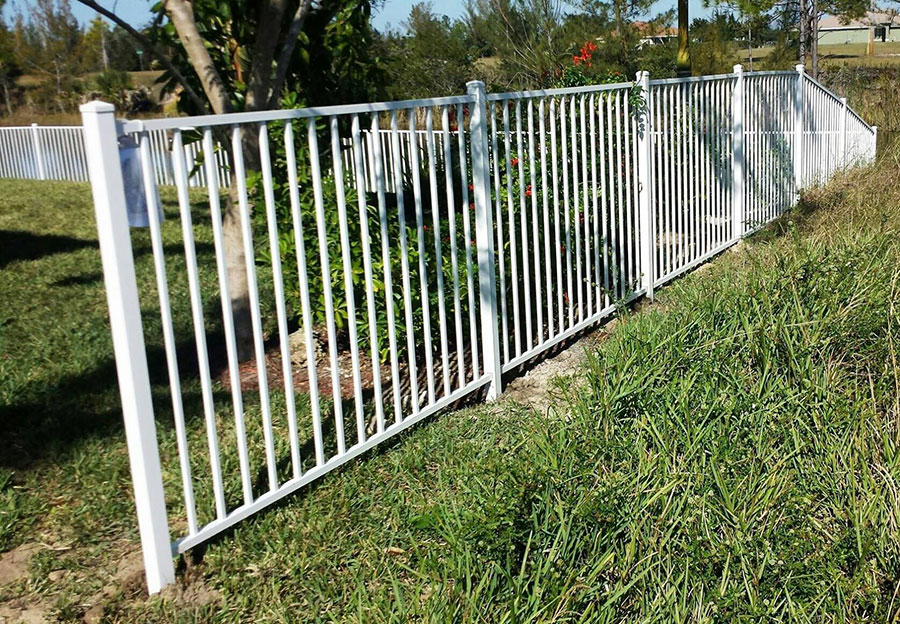 Aluminum fence solution for your property by dynamics