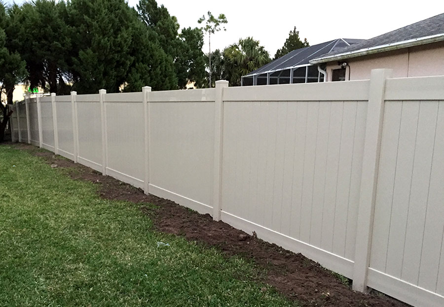 Vinyl Fencing Transferable Life Time Warranty